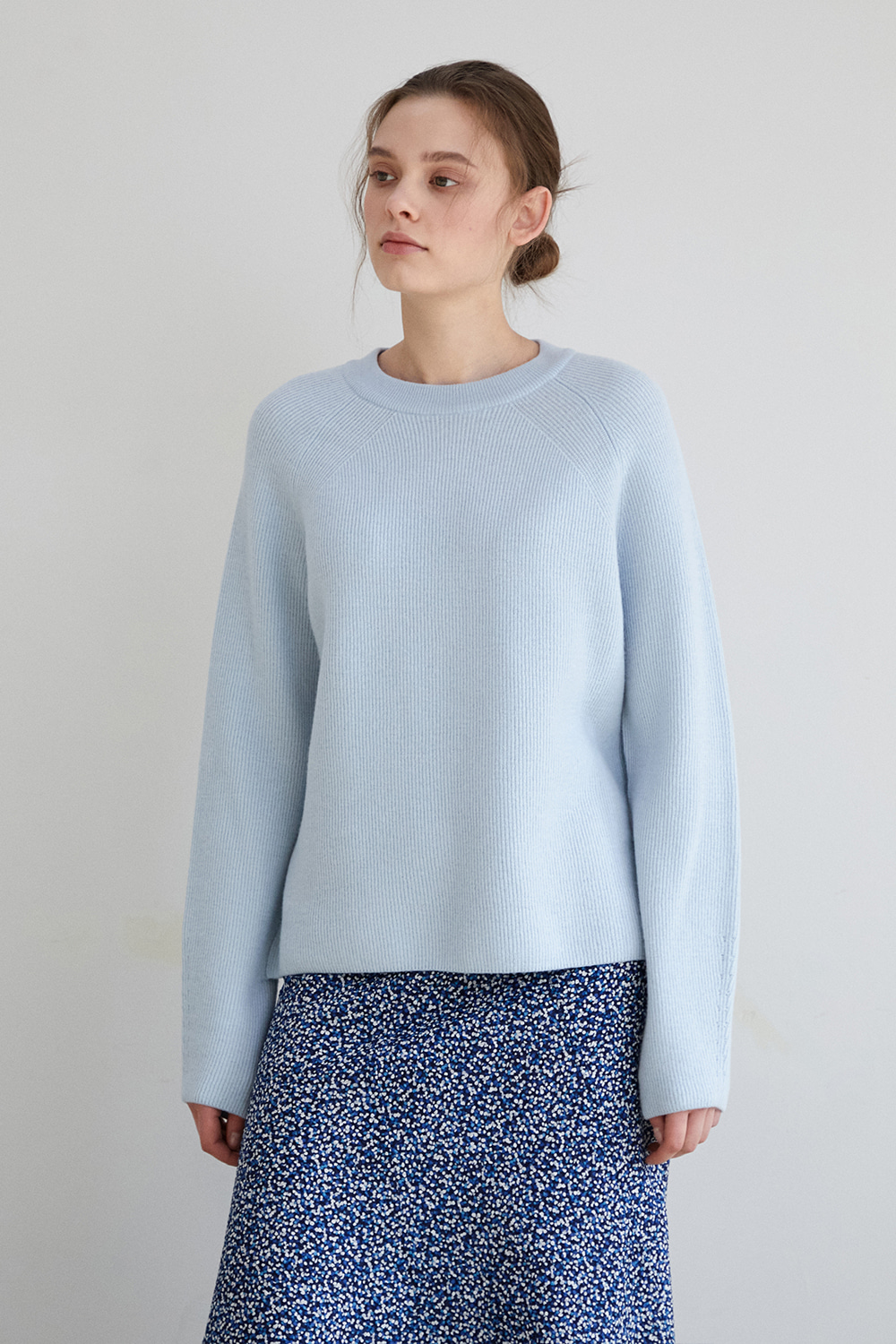 [whispery blue] Vague pullover