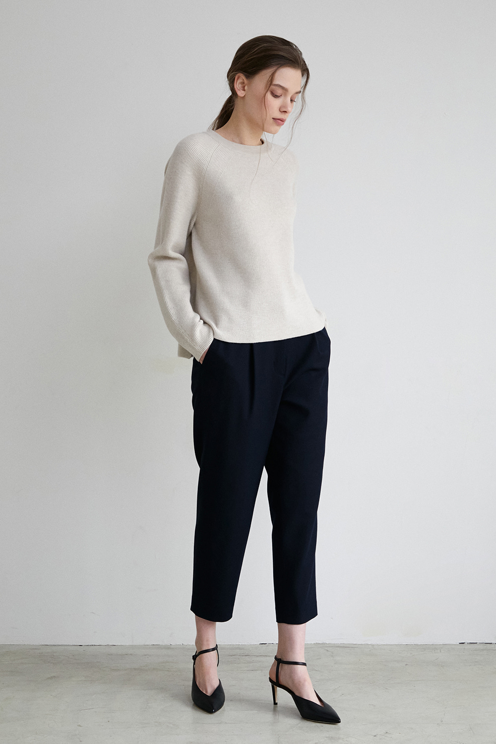 Pleat front tapered pants